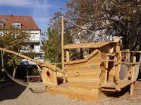 23_2018-11-27__efb26fe4___Spielplatz_mit_Schiff__Copyright_Irene_Konrad